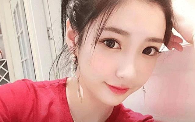 中国人っぽい女性